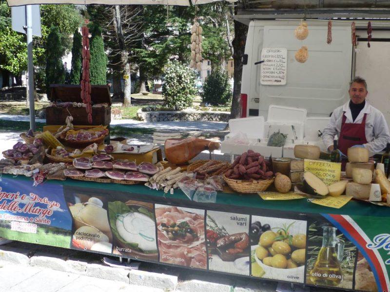 gubbio market delicacies
