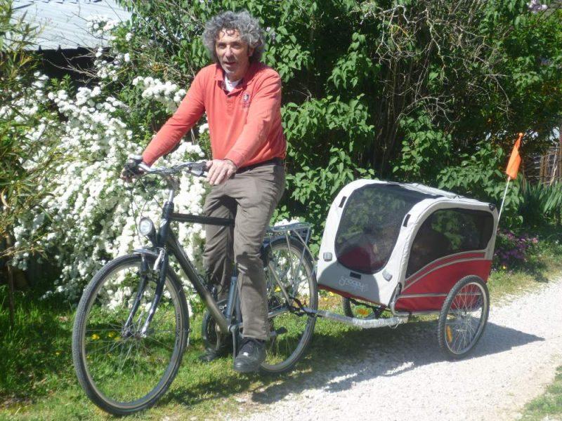 Hondenaanhangkar voor fiets