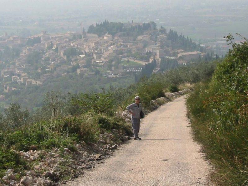 wandelen naar Spello